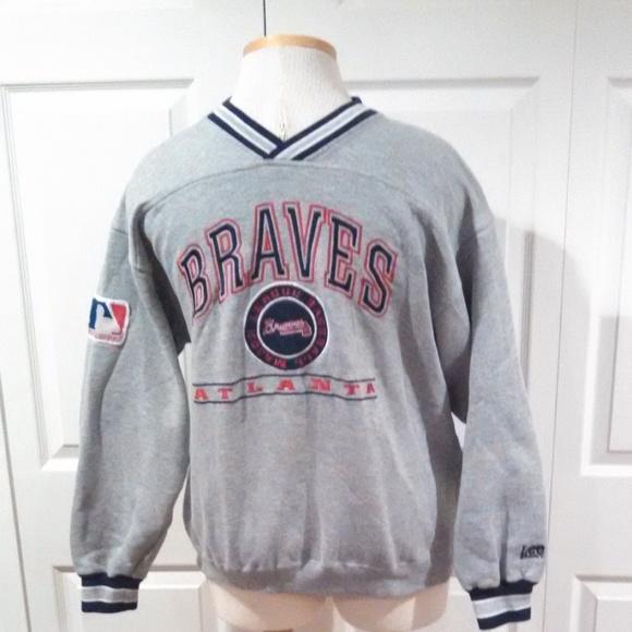 half off de067 00e04 Men's Atlanta Braves Sweatshirt Medium V-Neck Gray